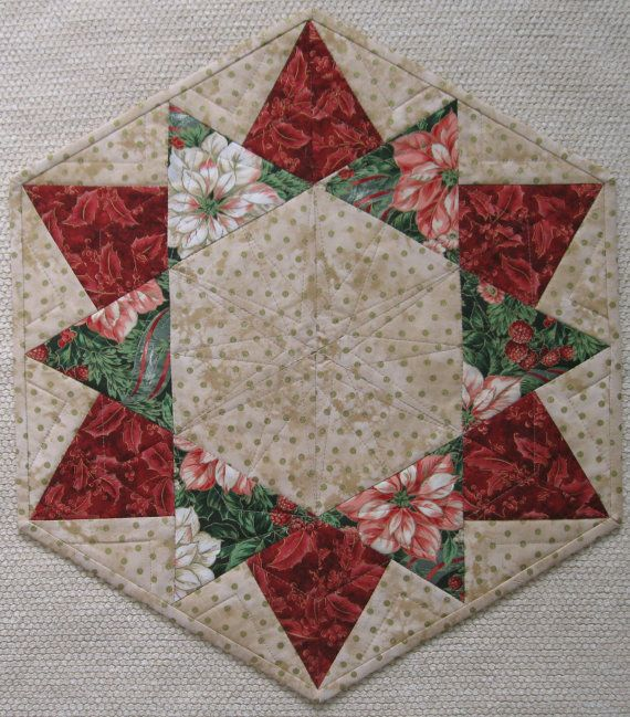 Christmas Hexagon TABLE TOPPER di flamingo63 su Etsy