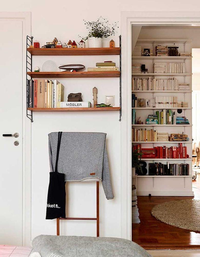 Поиграем в прятки: 45+ идей полок для маленькой квартиры, фото № 12