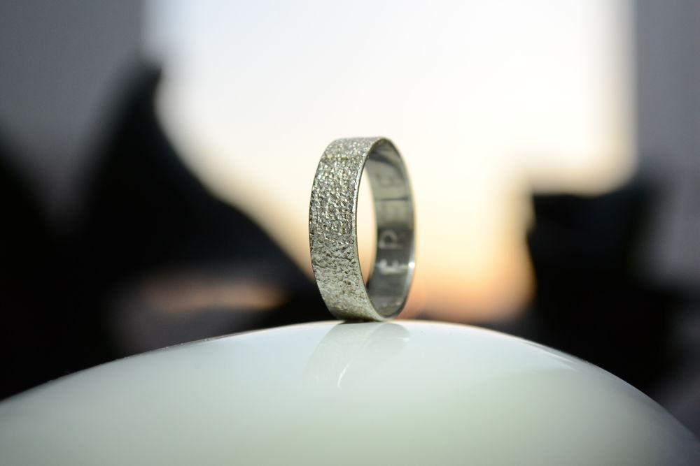 кольцо с оттиском, кольцо из серебра, отпечаток песка, кольцос текстурой, freedom