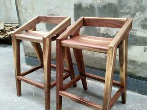 Барные стулья из ореха. Ярмарка Мастеров - ручная работа, handmade.