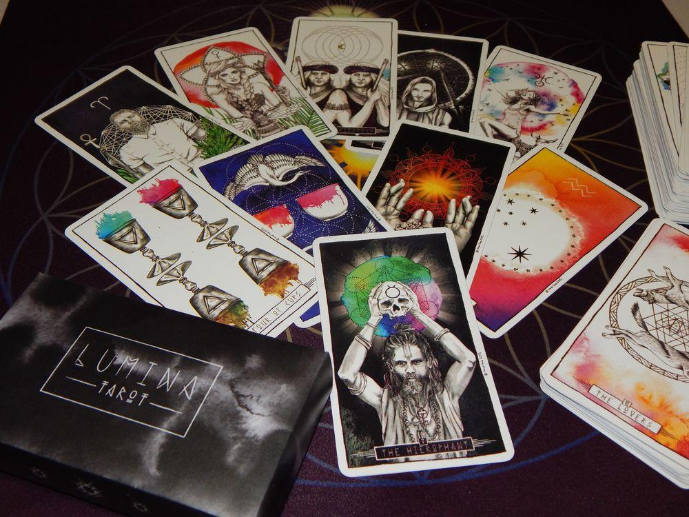 карты таро, колода таро, система таро, карты, 22 каркана, алистер кроули, 78 карт, сефирот, гадание, эзотерические, таро теней, гримуар, оракул, магия камней