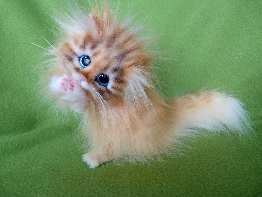 игрушка котёнок