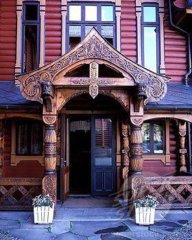 Norway, Oslo, Holmenkollen Hotel, detail of architecture in dragon style
