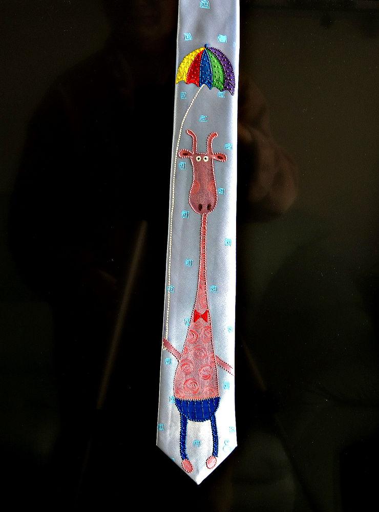 роспись галстука