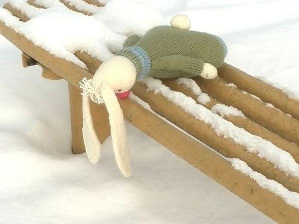 Вязаный заяц Антошка.   Ярмарка Мастеров - ручная работа, handmade