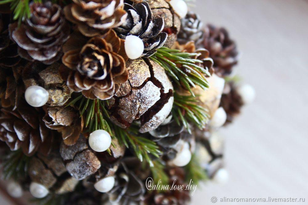елочка из природных материалов, елка из шишек
