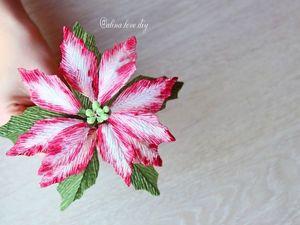 Создаем пуансеттию или рождественскую звезду из гофрированной бумаги. Ярмарка Мастеров - ручная работа, handmade.