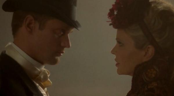 Alexander Skarsgard as Eric Northman and Kristin Bauer van Straten as Pam on True Blood S05E02 2
