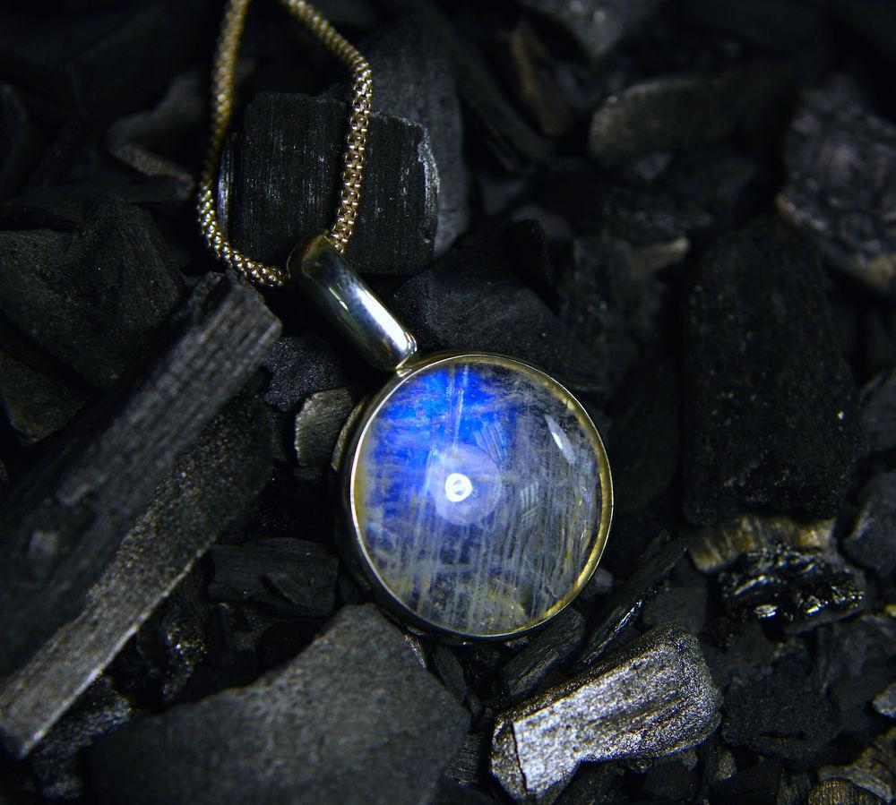 беломорит, кулон с лунным камнем