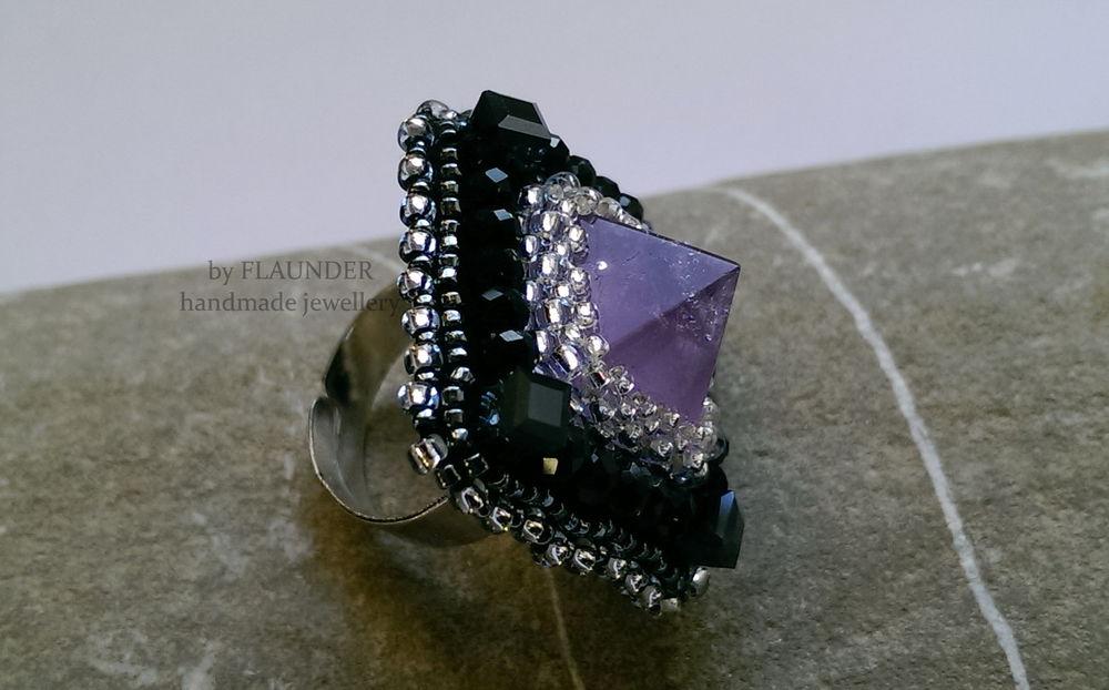 крупное кольцо, дизайнерские украшения, выпускной бал
