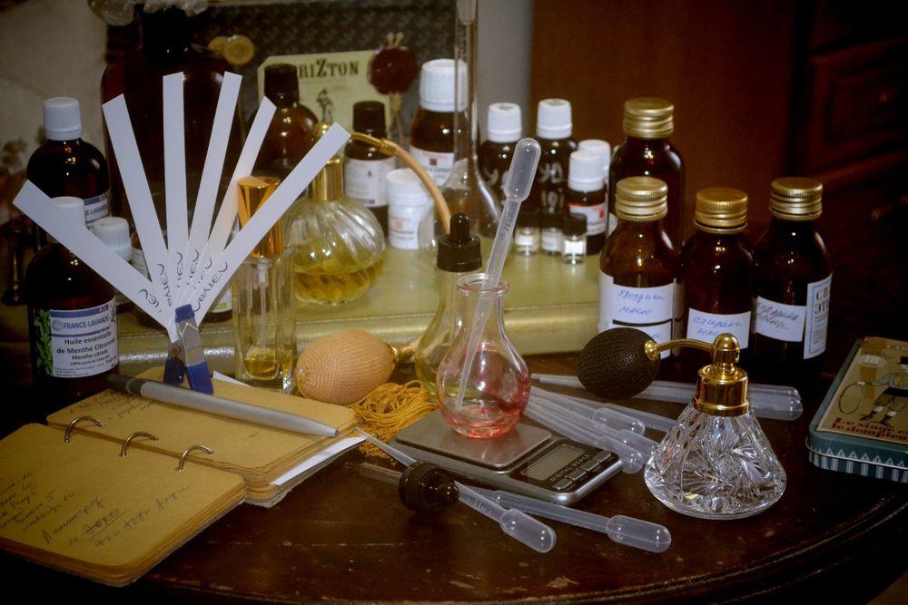 парфюмерия, творчество