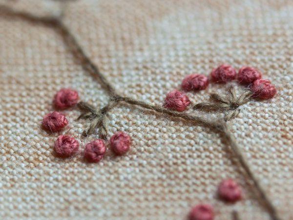 Брошь. Вышиваем французскими узелками. | Ярмарка Мастеров - ручная работа, handmade