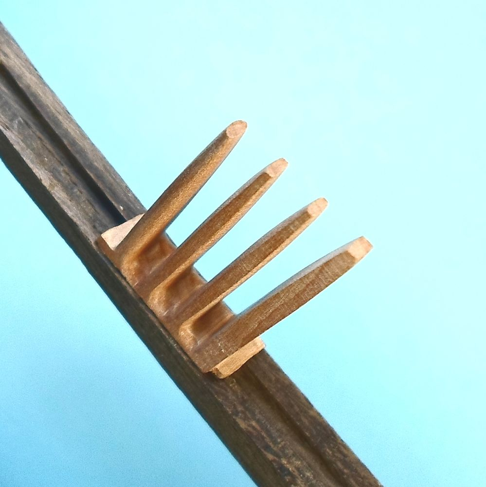 деревянные зубья