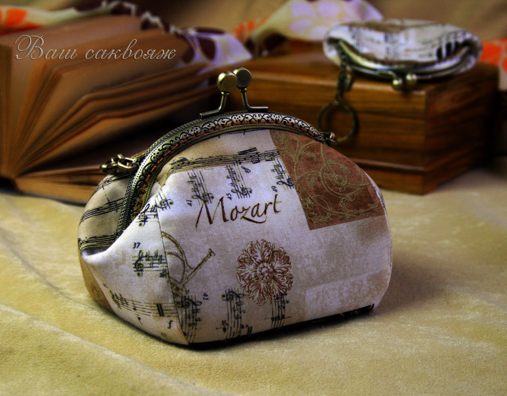 очечник с фермуаром, моцарт, музыкальный подарок, ноты музыка, подарок девушке