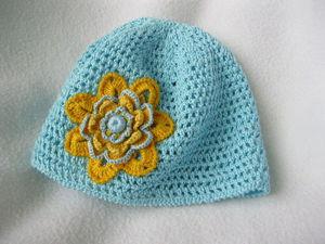 Новая модель шапки для девочки  до 3 лет