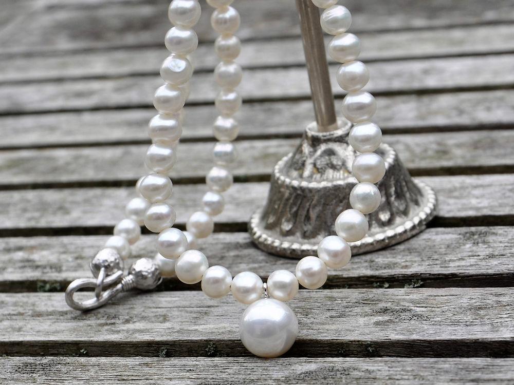 жемчужное ожерелье, флора в украшениях, пресноводный жемчуг