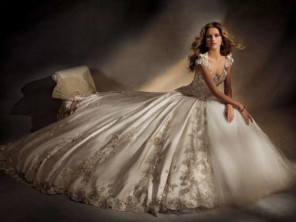 Прекрасная вышивка на свадебных платьях | Ярмарка Мастеров - ручная работа, handmade