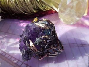 """Скидка 20% Крупное кольцо """"Морская стихия, шторм"""" с аметистовой щеткой. Ярмарка Мастеров - ручная работа, handmade."""