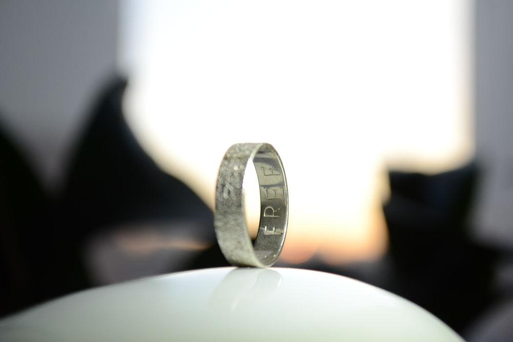 кольцо с отпечатком, кольцо с надписью, кольцов подарок, кольцо с фактурой, free