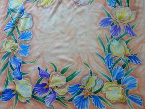 """Батик платок """"Синие ирисы"""" со скидкой 20%. Ярмарка Мастеров - ручная работа, handmade."""