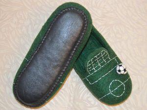 Теплый подарок для юного футболиста. Ярмарка Мастеров - ручная работа, handmade.