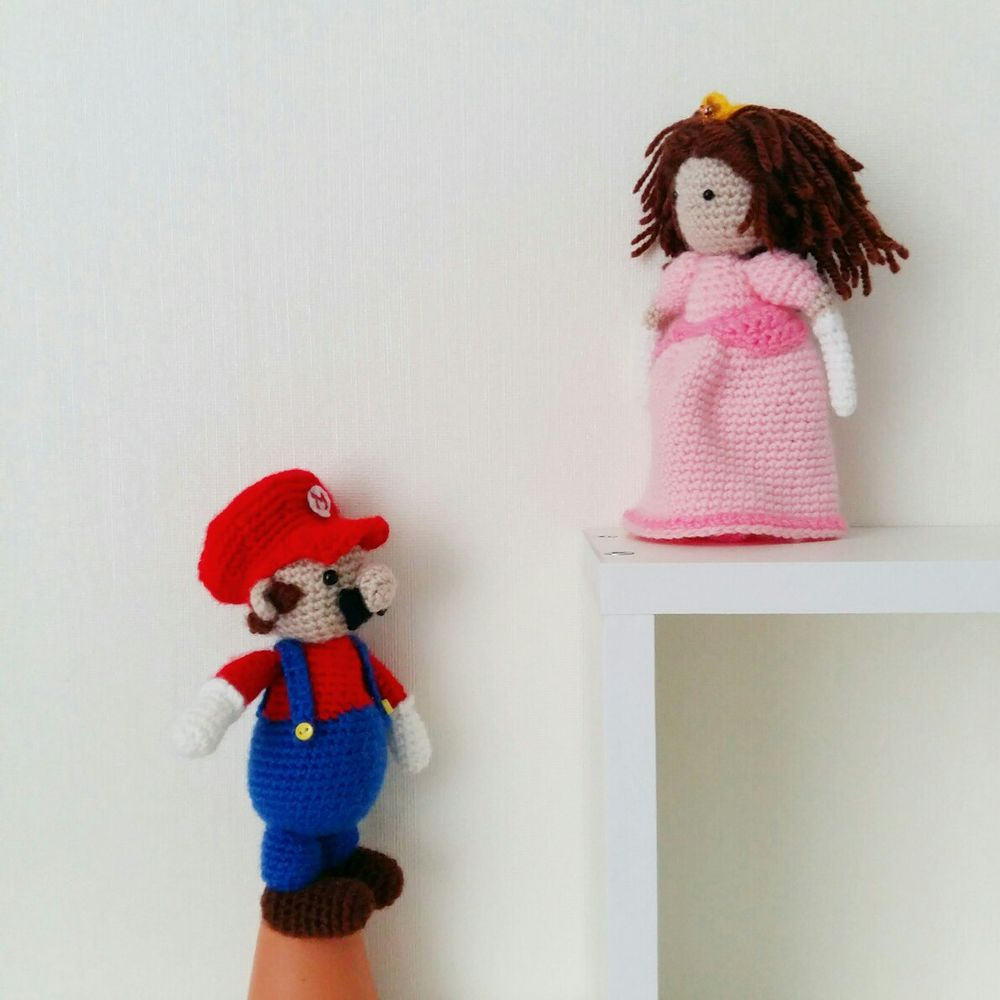 марио, вязаная игрушка, подарок девушке, денди