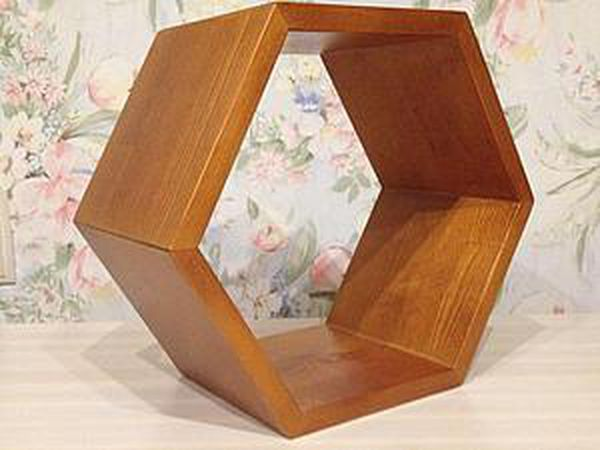 Honeycomb Shelf with Your Own Hands | Livemaster - handmade