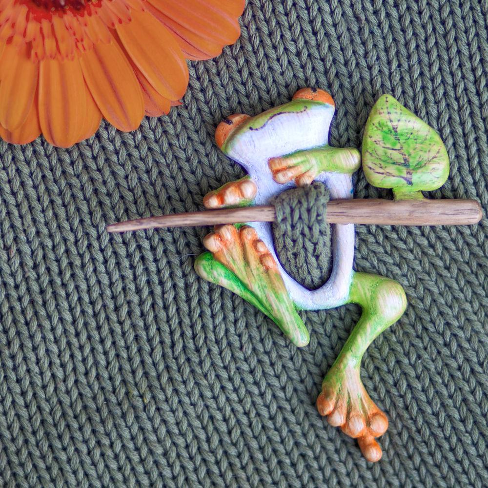 фибула, лягушка, заколка, подарок