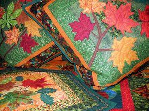 Покрывало лоскутное - ОСЕНЬ. Большой лоскутный комплект: покрывало, плед, подушки, салфетки. | Ярмарка Мастеров - ручная работа, handmade