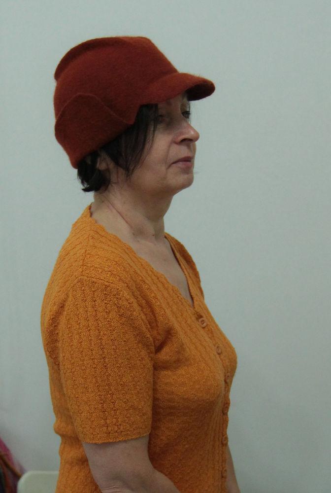 Головные уборы из шерсти: шапочки, шляпки, кепки, береты, фото № 31