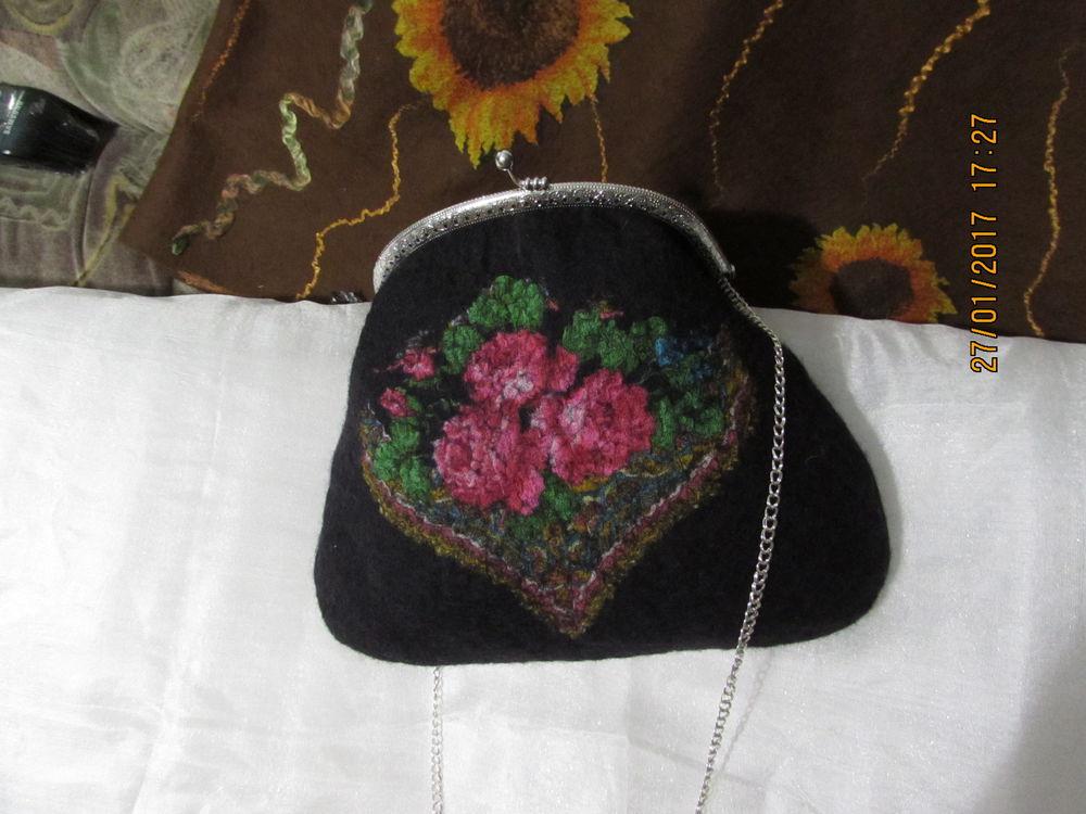 сумка ручной работы, валяная сумка, вискоза, павлопосадский платок, фермуар, цепочка