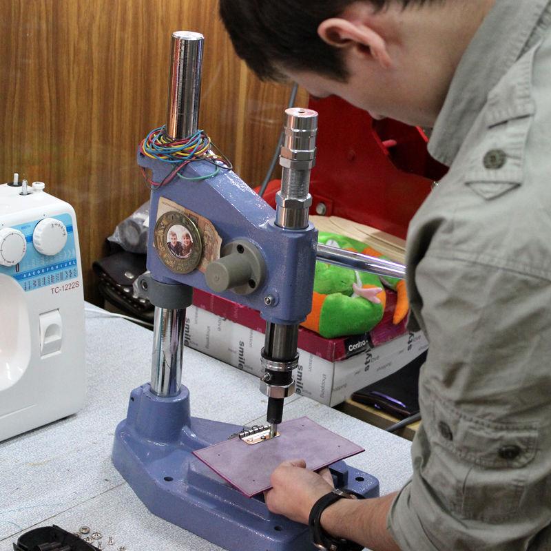 Tutorial on Making a Leather Key Bag, фото № 20