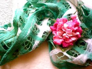 Шарф-палантин валяный из шерсти Аромат розового пиона. | Ярмарка Мастеров - ручная работа, handmade