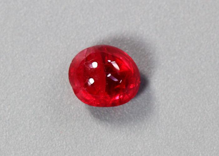 натуральная шпинель, красная шпинель, запись о шпинели