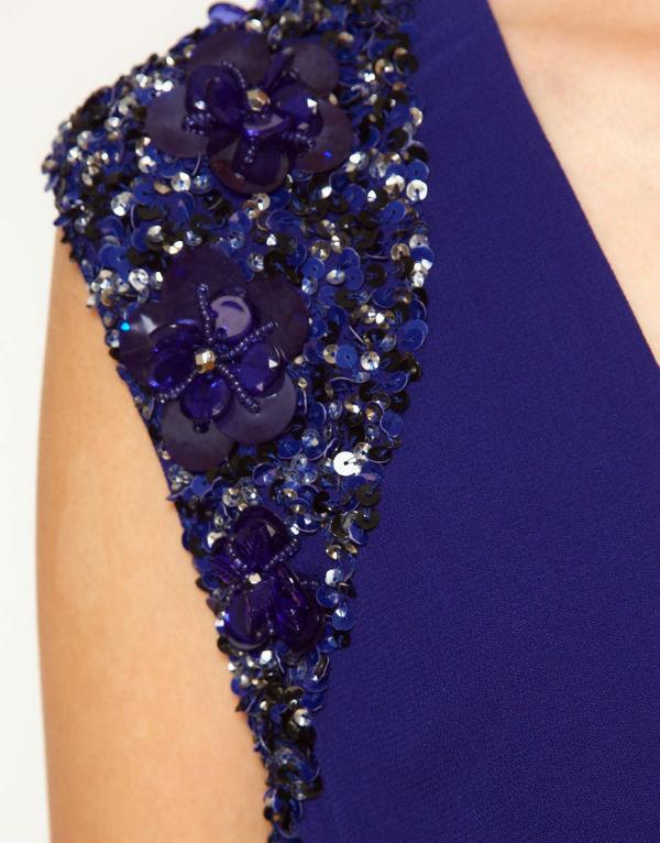 Как украсить платье паетками своими руками