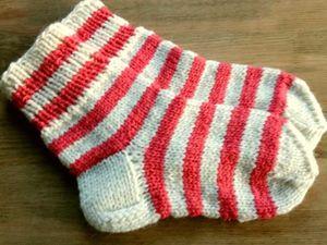 Мужские носки , на выбор, три варианта, со скидкой 30 процентов.. Ярмарка Мастеров - ручная работа, handmade.