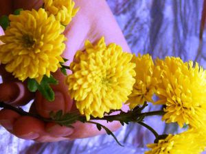 Видеоурок: мелкоцветная хризантема из холодного фарфора. Часть 2: сборка ветки. Ярмарка Мастеров - ручная работа, handmade.