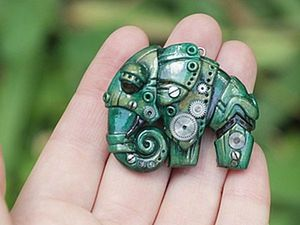Sculpting a Biomechanic Elephant Brooch of Polymer Clay. Livemaster - handmade
