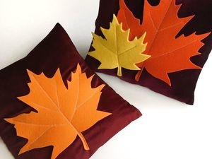 Handmade Decoration: A Pillow Case with Maple Leaves. Livemaster - handmade
