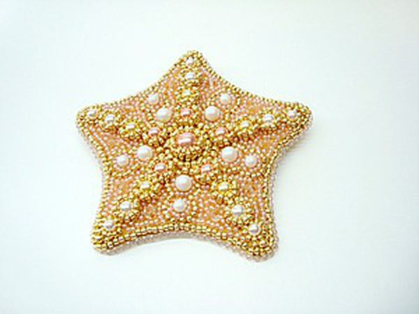 Embroidering a Starfish Brooch with Swarovski Pearls and Beads | Livemaster - handmade