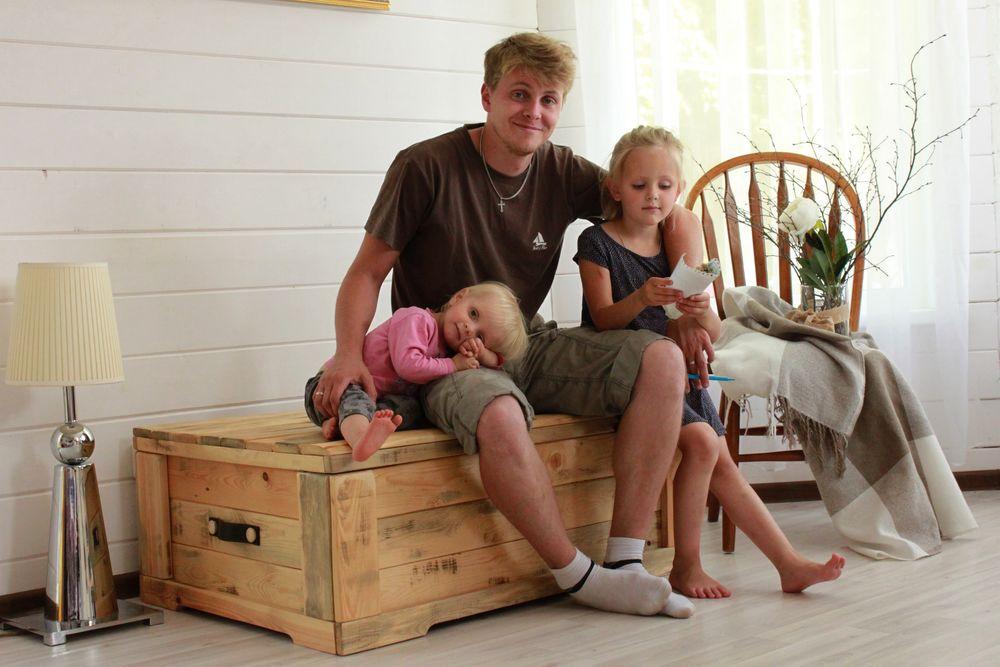переславль-залесский, семья, переезд из города, дауншифтинг, семейная мастерская, столярная мастерская, мебель на заказ, мебель для дома, мебель из дерева