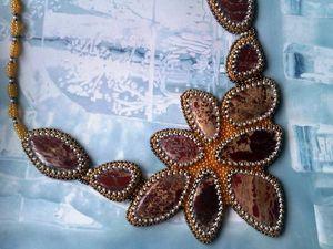 Аукцион на вышитое бисером колье с натуральными яшмами - закрыт. | Ярмарка Мастеров - ручная работа, handmade