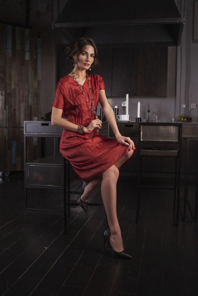 шелковое платье, платье нарядное