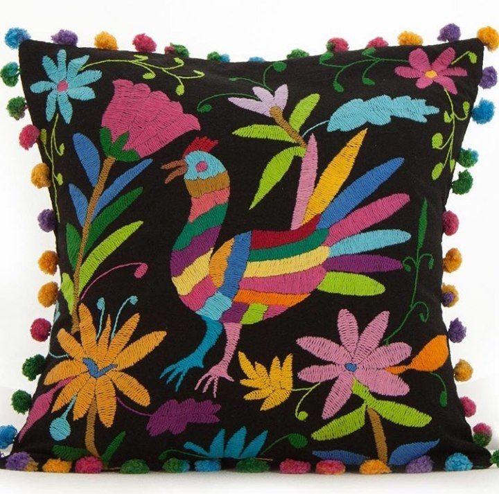 вышивка ручная, цветная вышивка, подушки