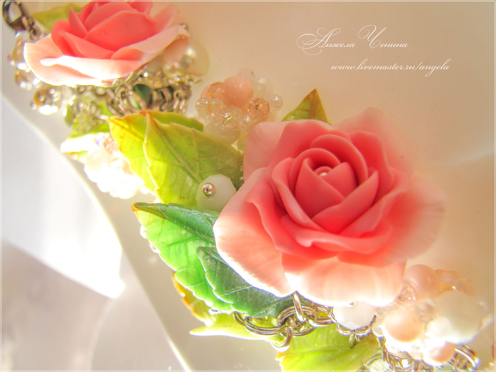 цветочный браслет розы