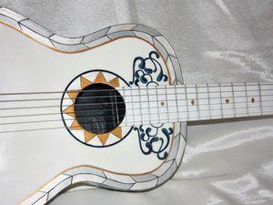 Декор гитары по мотивам мультфильма!. Ярмарка Мастеров - ручная работа, handmade.