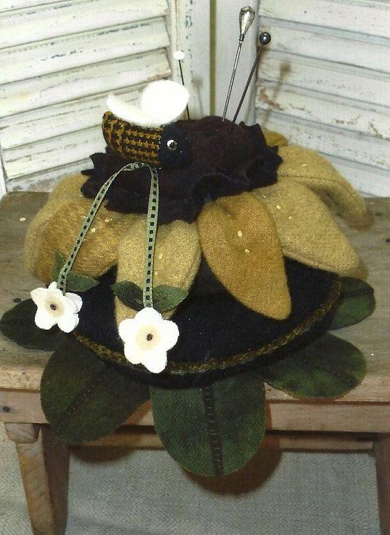 Primitive Folk Art Wool Applique Pattern:  BUSY BEE PINCUSHION