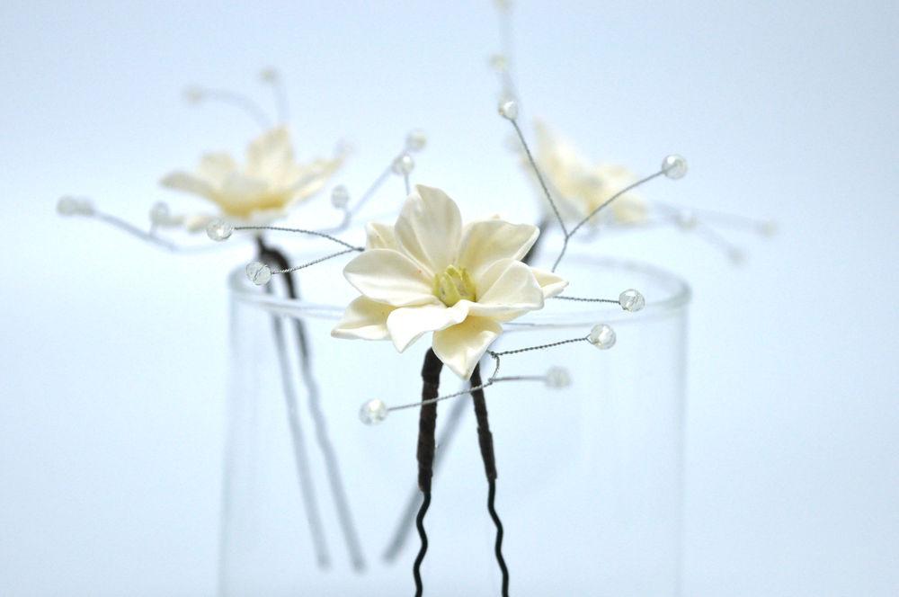 тематическая свадьба, цветы в украшениях