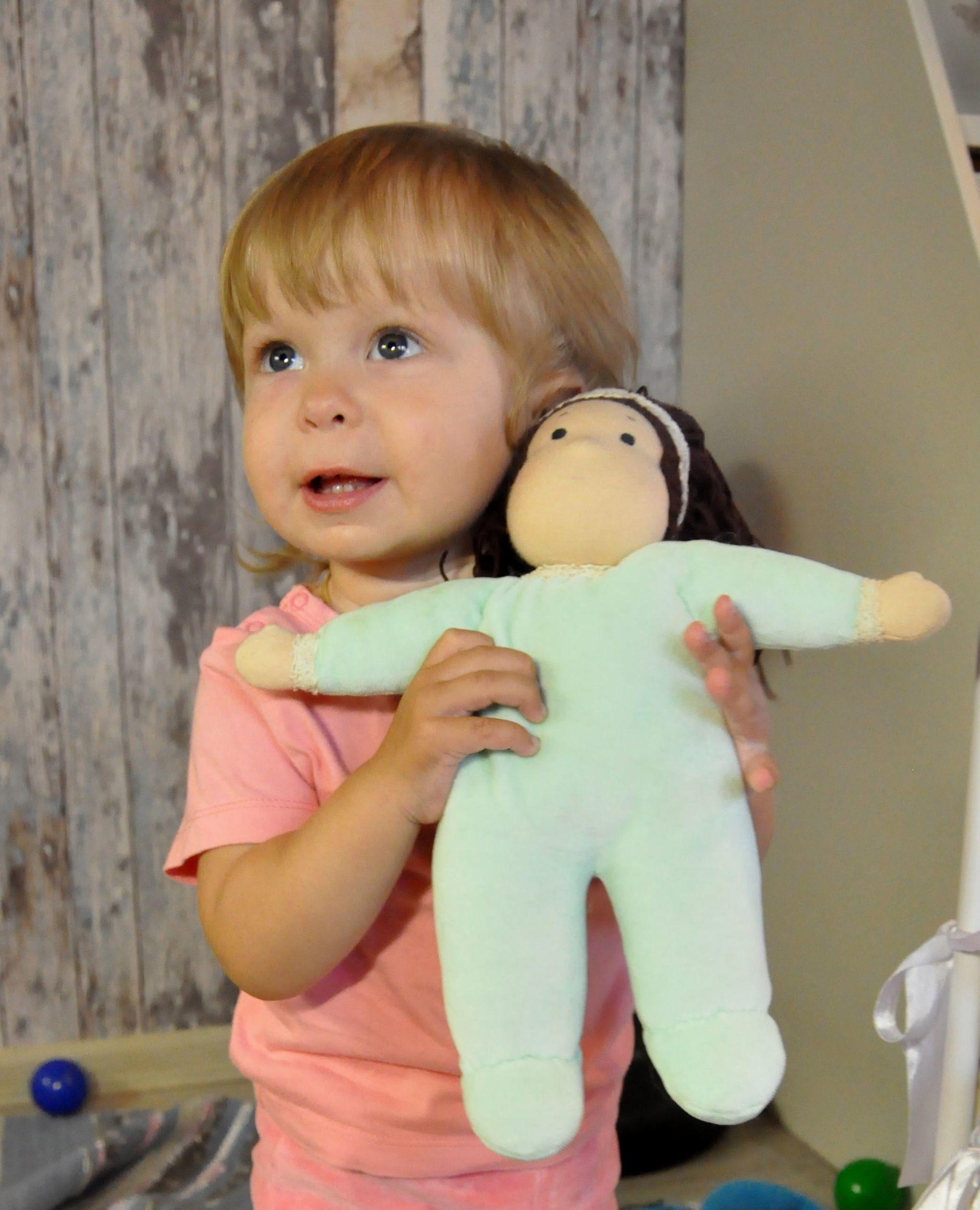 Врачеватель души и тела: интервью с мастером вальдорфской куклы Матильдой Ставрогиной