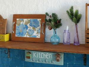 Деревянная полка в интерьере кухни.. Ярмарка Мастеров - ручная работа, handmade.